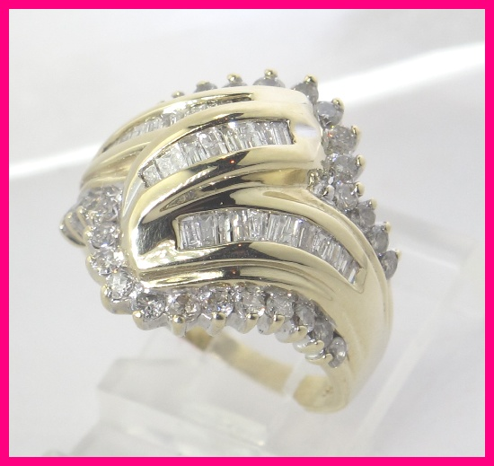 10k yellow gold round baguette diamond cocktail ring 1 for Cocktail 3g