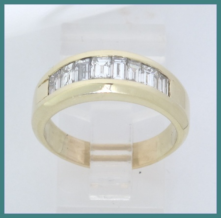 This listing is for a Men 39s 14k yellow gold diamond wedding ring