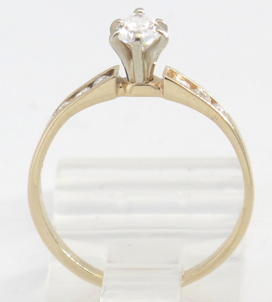 14k yellow gold pear shaped engagement